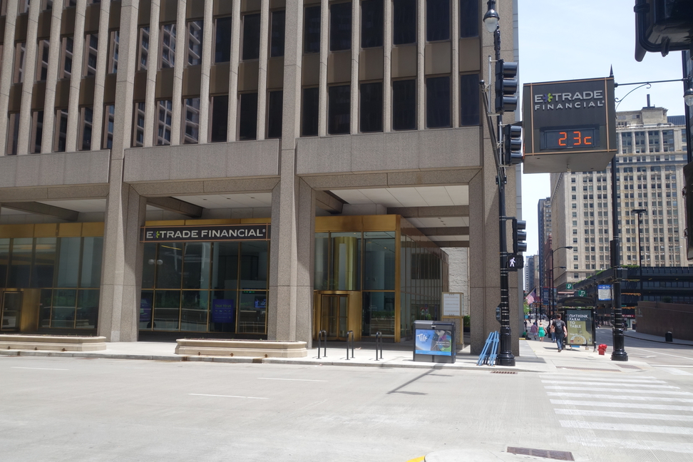 E*TRADE Financial office branch in downtown Chicago, Illinois.
