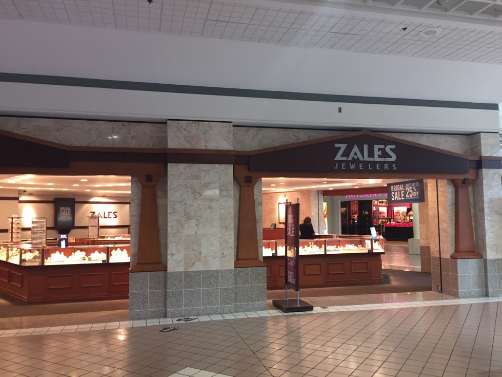 Zales storefront in the Miller Hill Mall of Duluth, Minnesota.