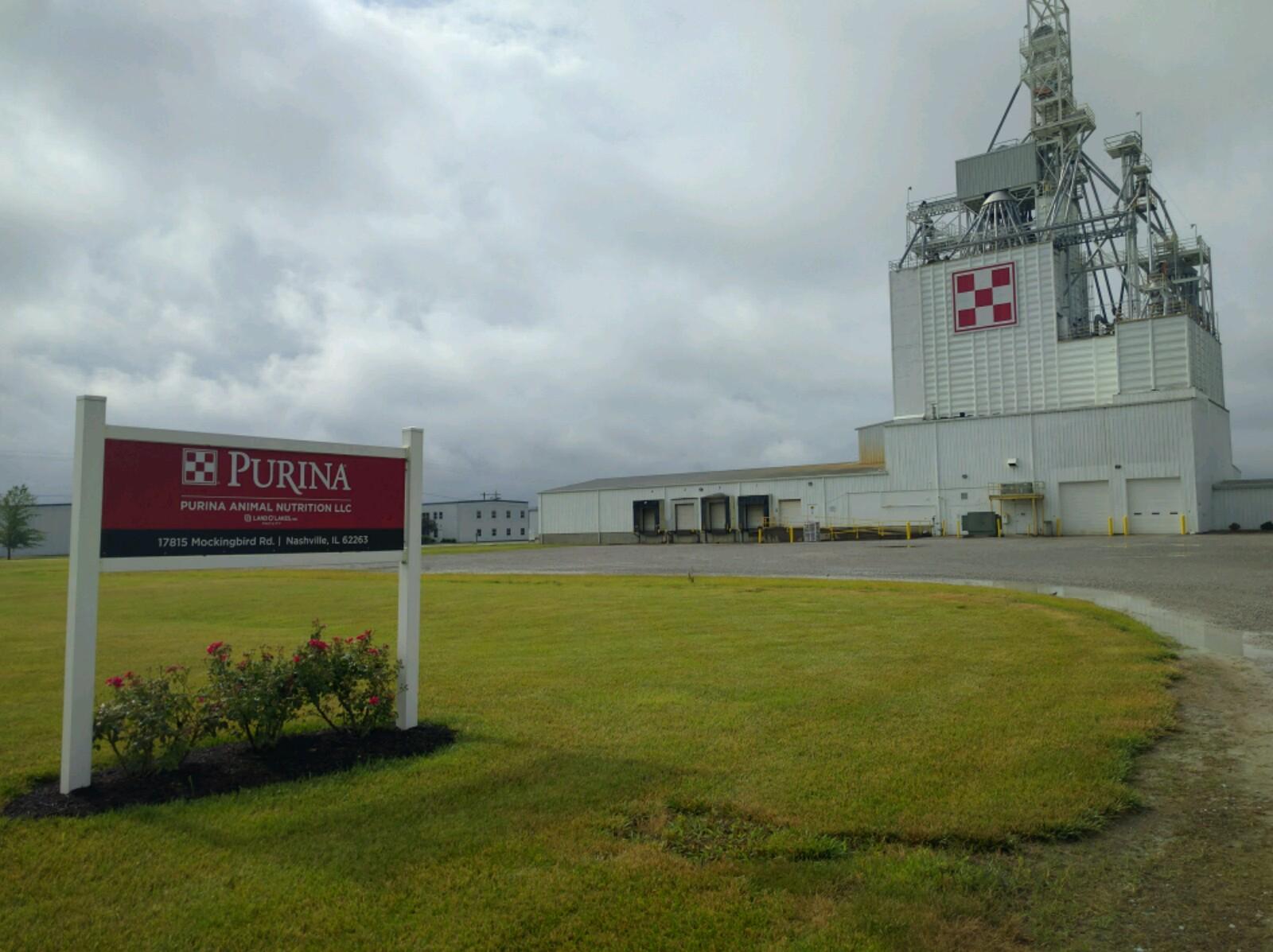 Purina plant in Nashville, Illinois.