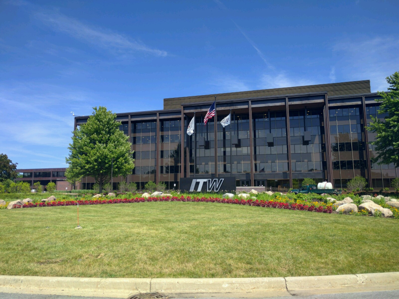 Illinois Tool Works' corporate headquarters in Glenview, Illinois.