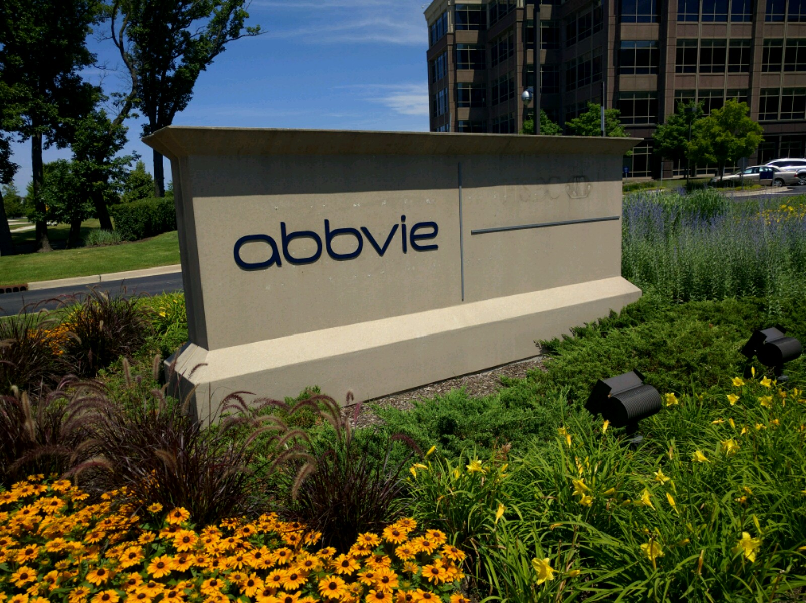 Entrance to Abbvie's office in Lake Forest, Illinois.