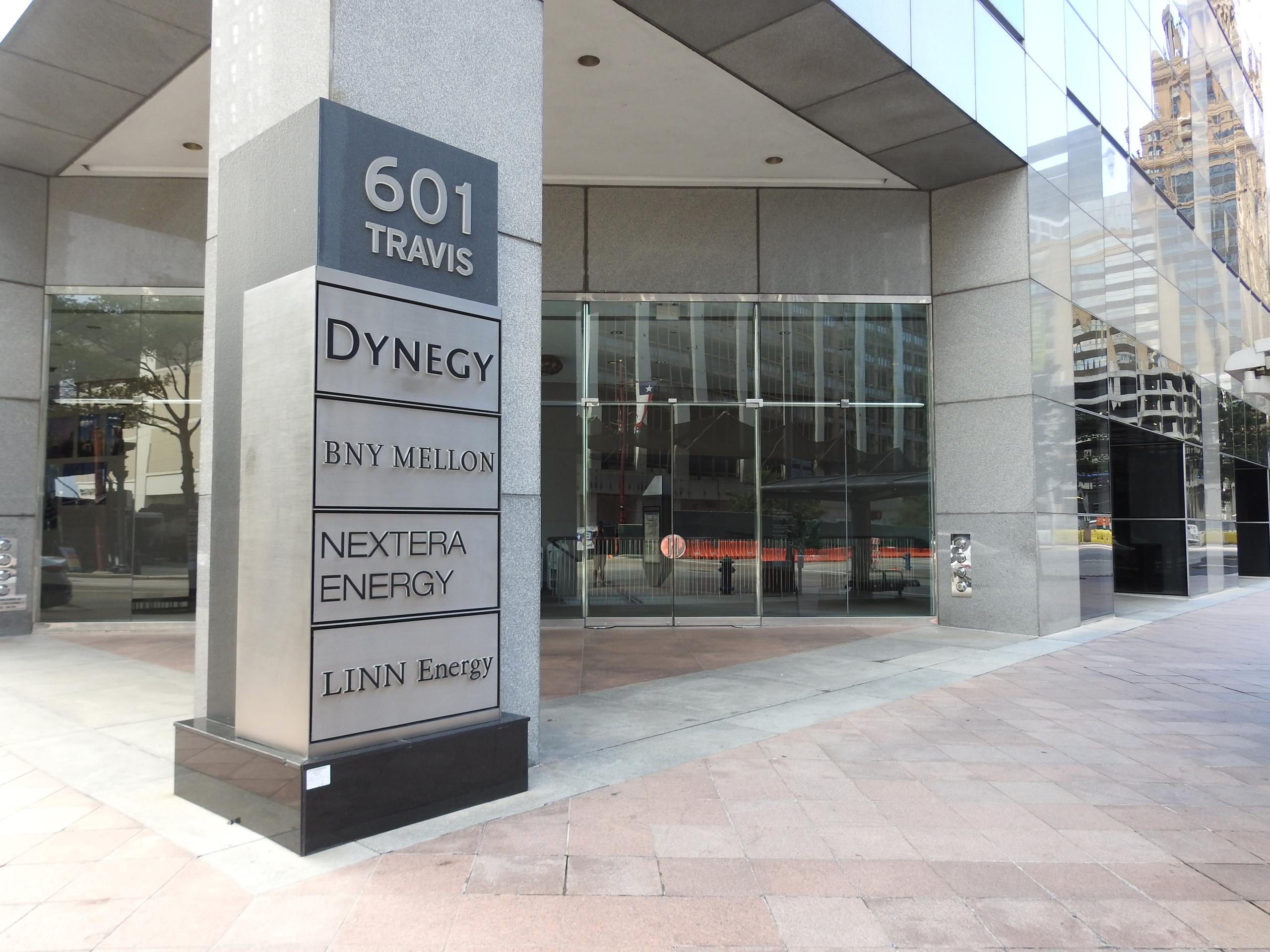 Entrance to Dynegy's corporate headquarters in Houston, Texas.