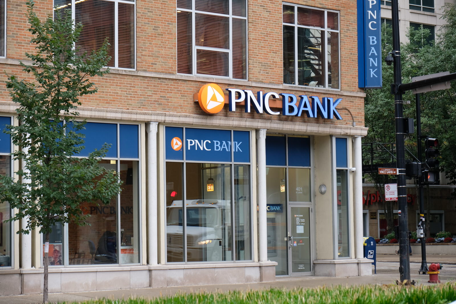PNC Bank branch in downtown Chicago, Illinois.
